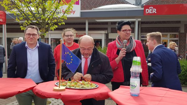 Ein hungriger Bundestagsabgeordneter